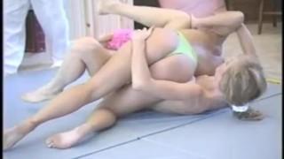 Aussie Blonde Bimbo Wrestles