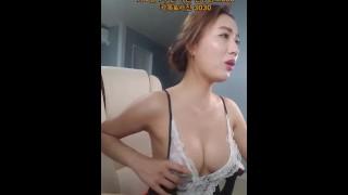 极品高颜值极品韩国BJ美女跳舞制服诱惑大奶风骚小姐姐网红直播第一集