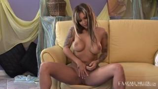 Dark Skinned Inked Hottie Sky Lopez Rubs Her Delicious Pussy