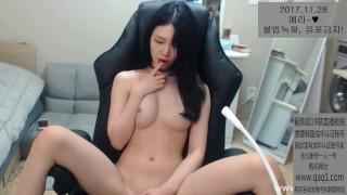 韩国大尺度直播跳舞诱惑视频高颜值小姐姐