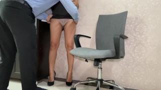 หลุดสาวออฟฟิศไทย โดนเจ้านายเลียน้ำแตก Squirt Thai Office Lady Got Her Boss Lick Her Pussy