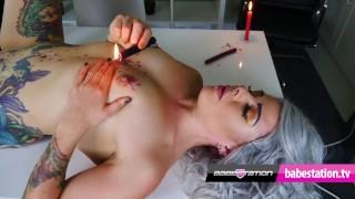 UK Alt Girl Amber Phoenix Dribbles Hot Wax On Her Tits