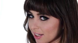 Riley Reid взгляд самки