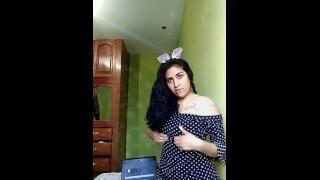 Se Filtra Vídeo De Colegiala Penetrándose Con Dildo Y Termina En Squirt