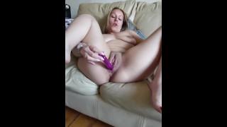 Horny Babe Ashley Rider Fucking Her Pussy