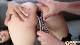 Dana Vespoli Really Wants Her Butt Hole Taken Care Of